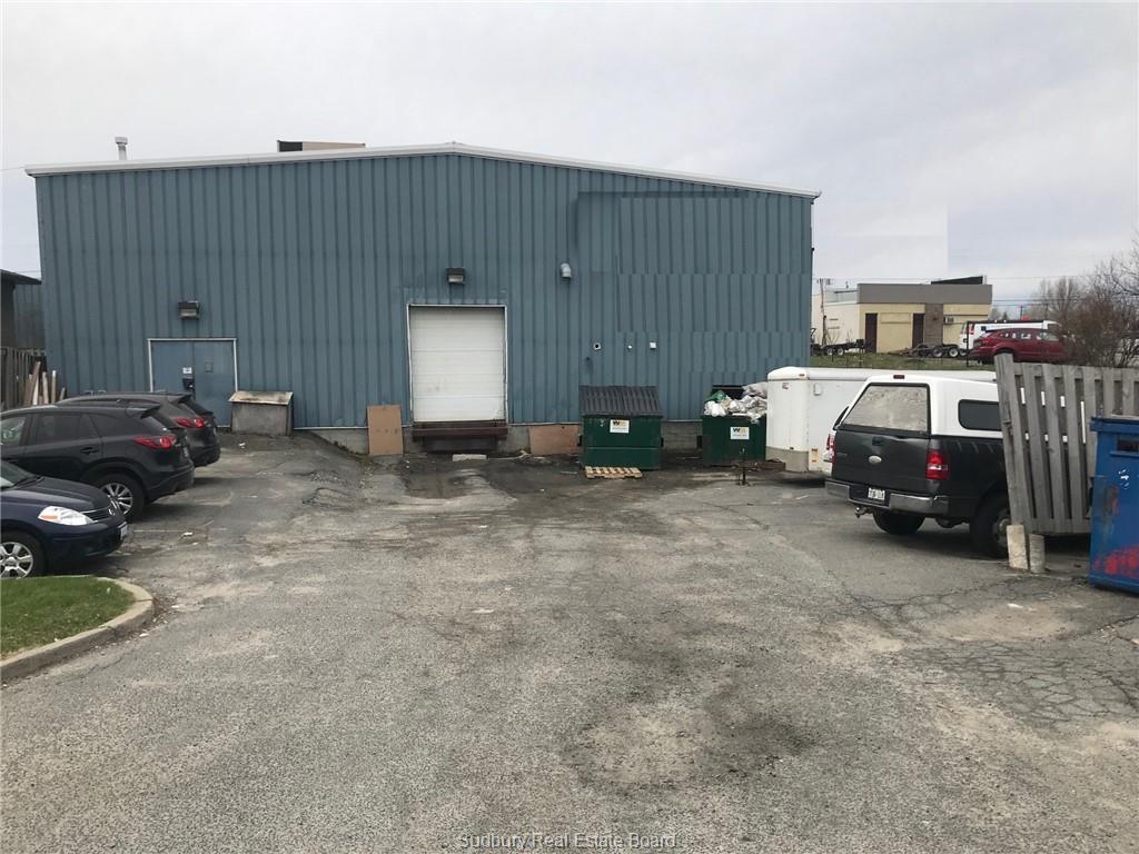 2266 Lasalle Boulevard, Sudbury, Ontario (ID 2083858)