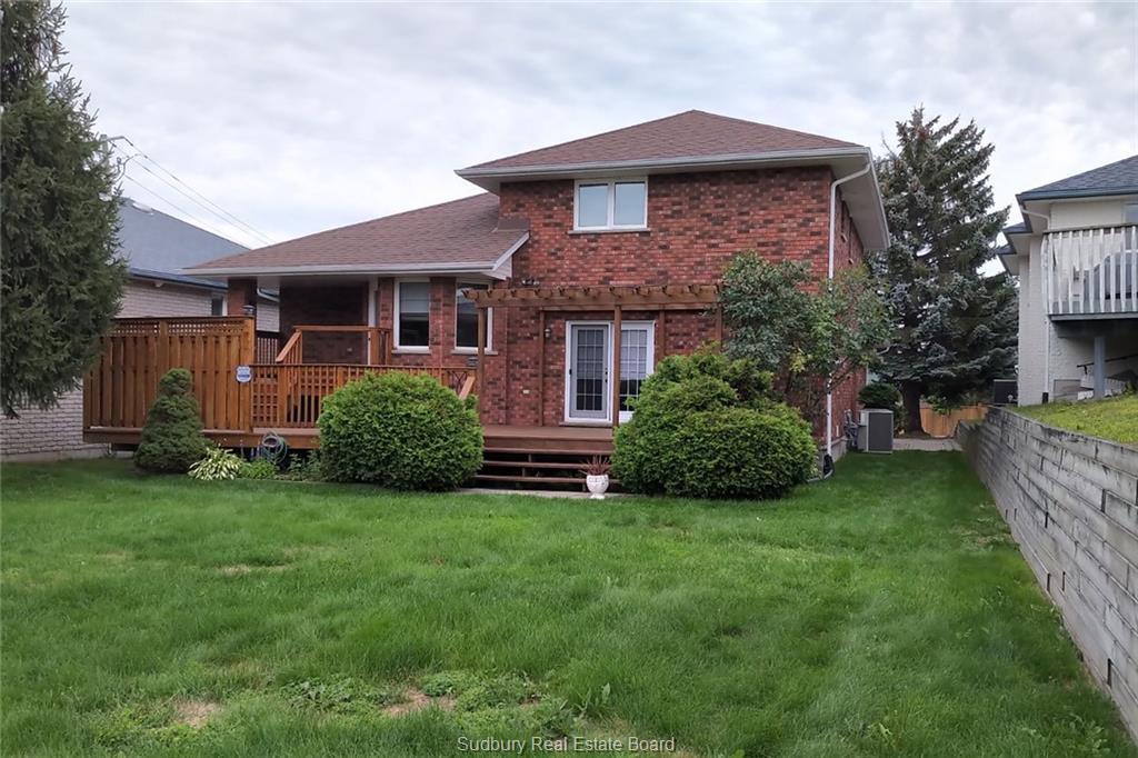 8 Forestdale Drive, Sudbury, Ontario (ID 2088177)