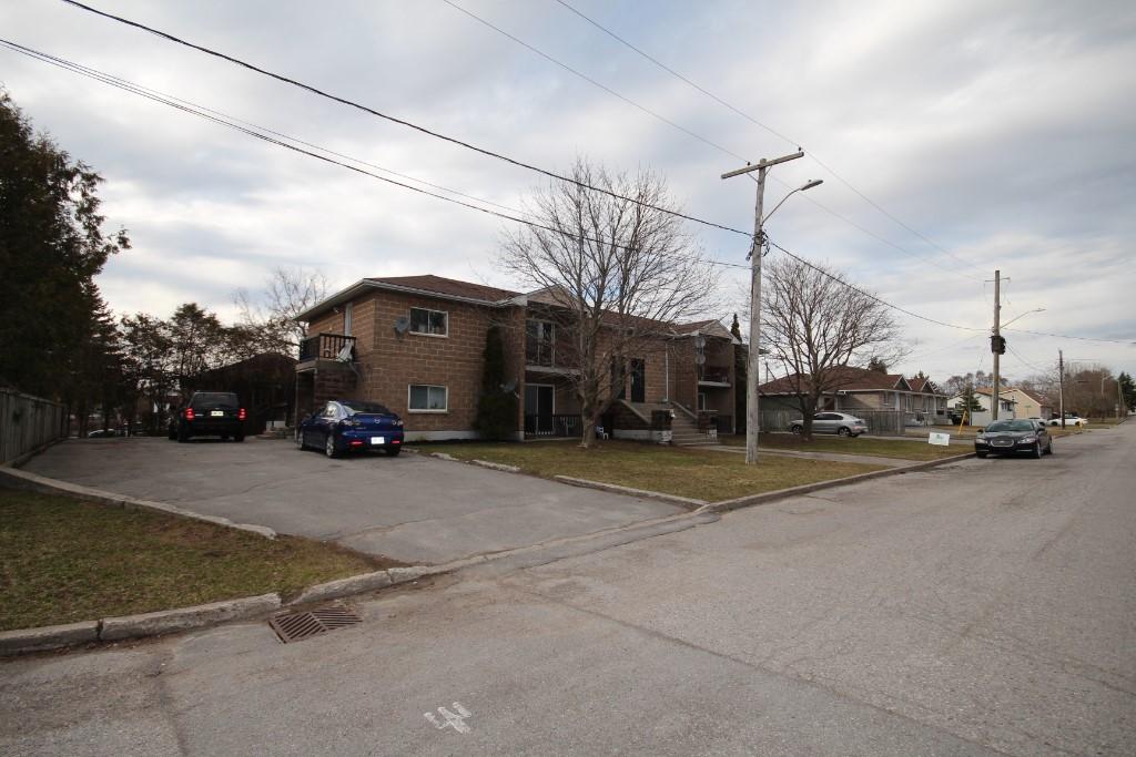 32/34 HANNAH ST, Quinte West, Ontario (ID 403950049)