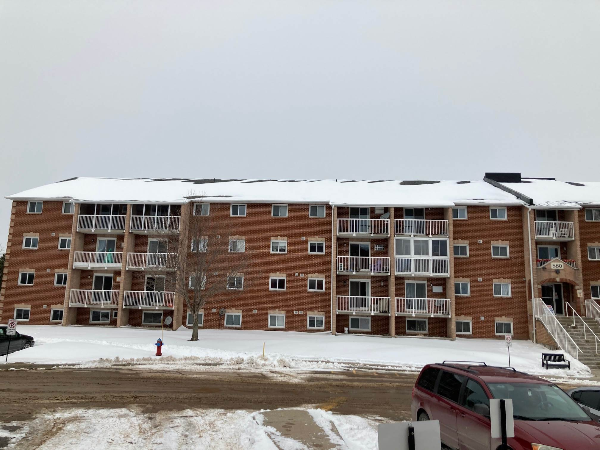 Unit# 101 580 Armstrong Road, Kingston, Ontario (ID K21000708)