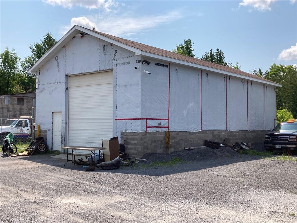 4486 38 Highway, Harrowsmith, Ontario (ID 40145614)