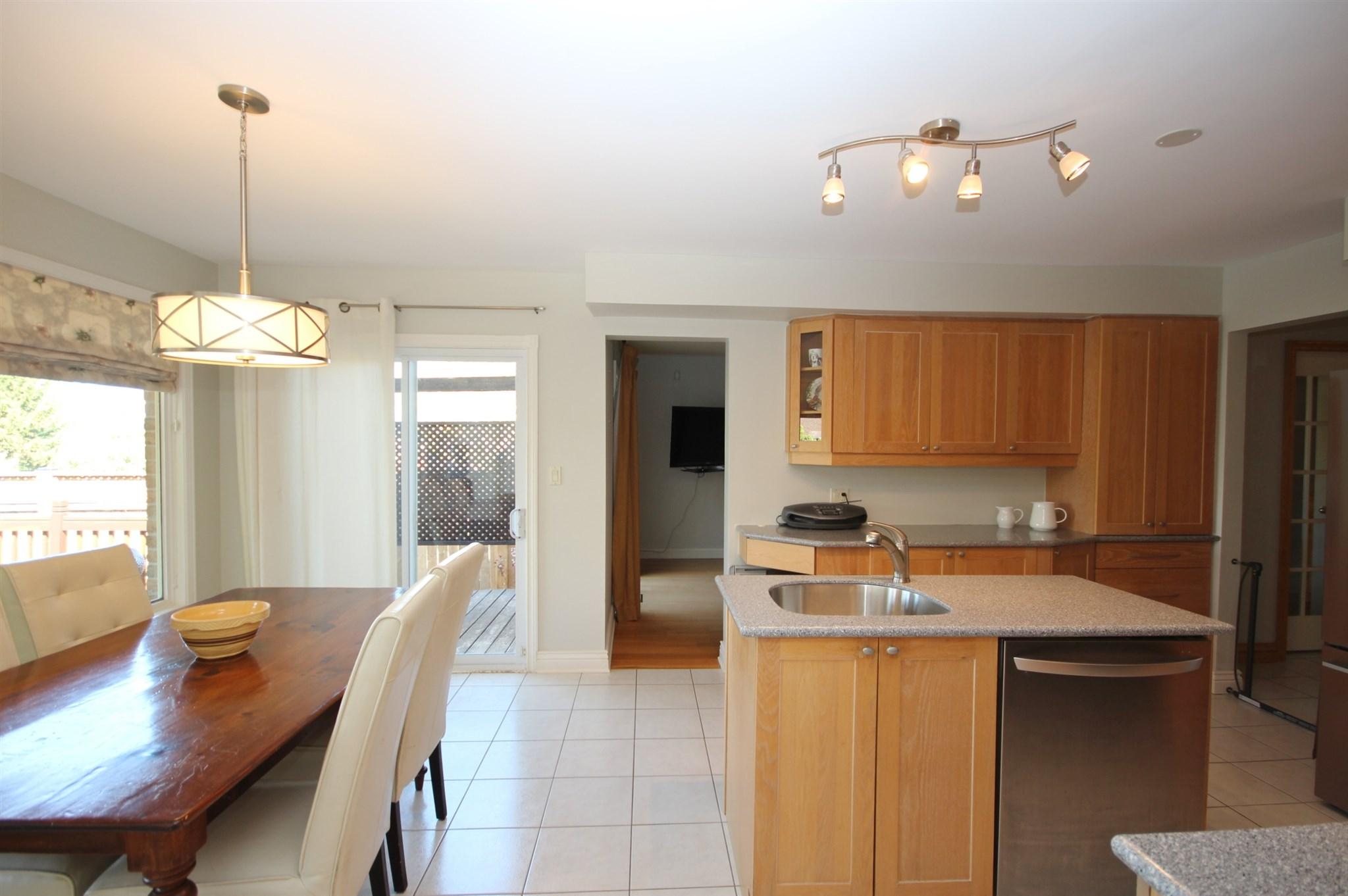 889 Mona Drive, Kingston, Ontario (ID K20002813)