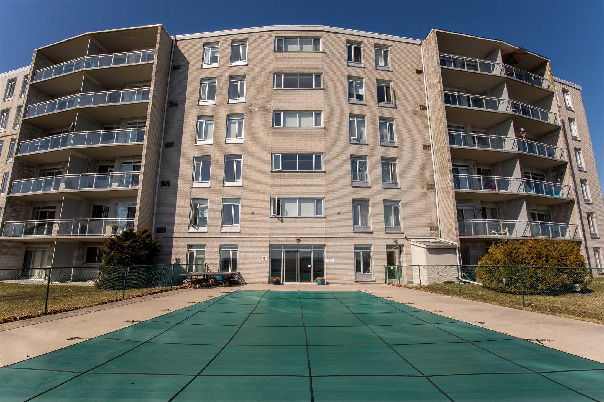 Unit# 608 1 Mowat Avenue, Kingston, Ontario (ID K20001518)