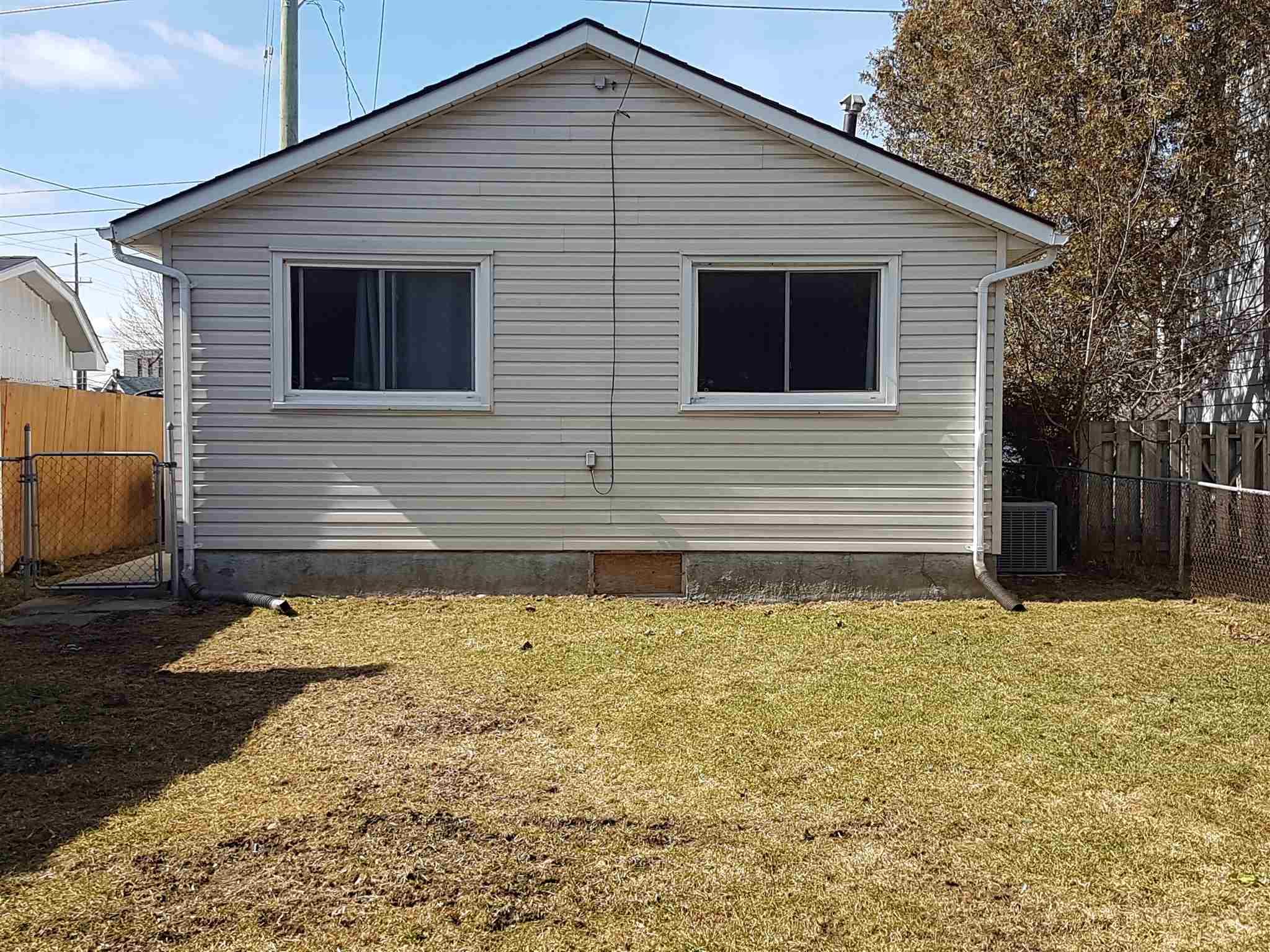559 MacDonnell Street, Kingston, Ontario (ID K20001465)