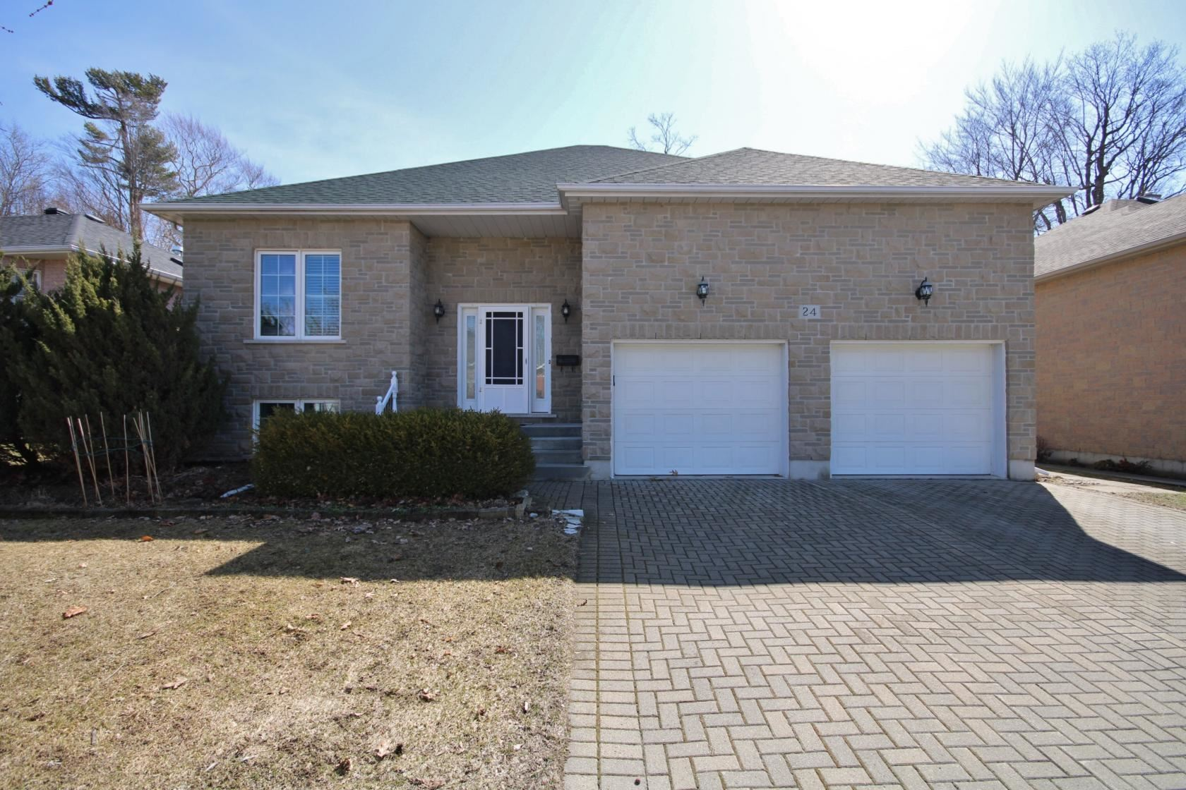 24 Kenwoods Circle, Kingston, Ontario (ID K21001687)