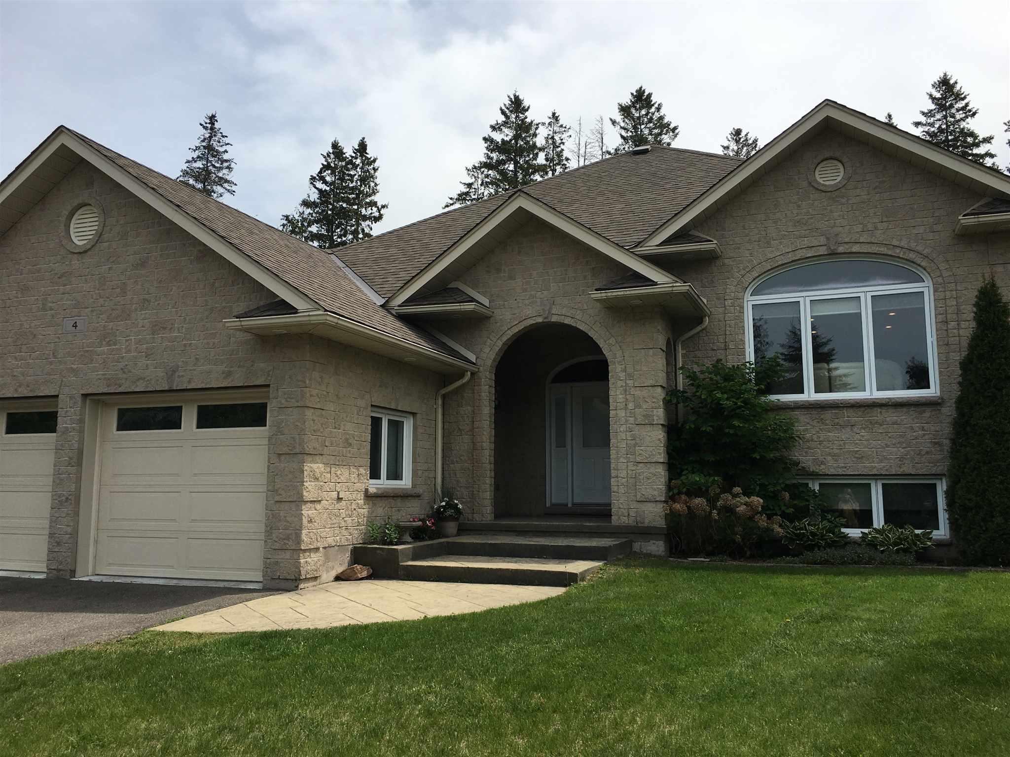 4 Parkdale Drive, Sault Ste. Marie, Ontario (ID SM127504)