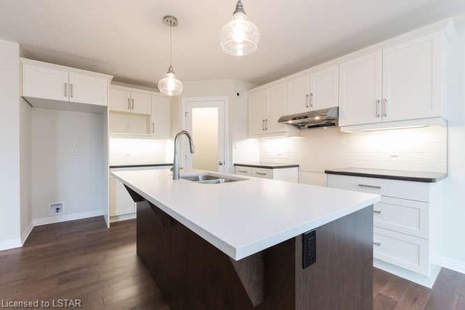 220 RUSHBY Street, Strathroy, Ontario (ID 248644)