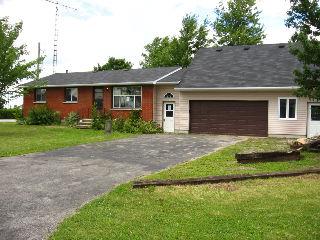 257 HAMILTON AV, Glencoe, Ontario (ID 442720)