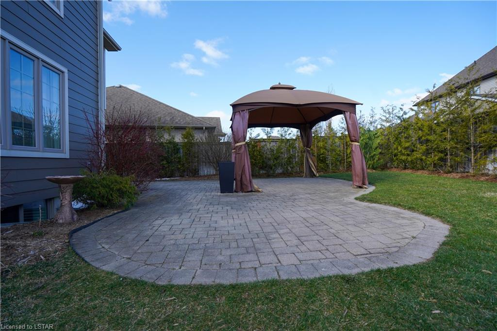 120 ABAGAIL Street, Strathroy, Ontario (ID 255643)