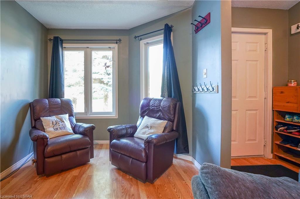 184 PARKVIEW Drive, Strathroy, Ontario (ID 40134939)