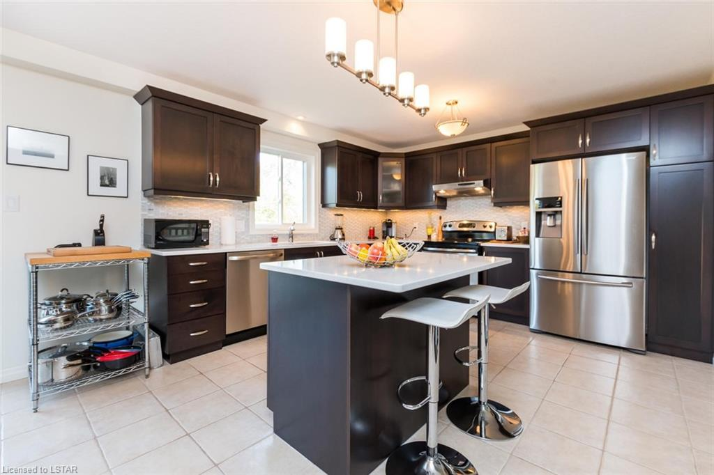 215 UNION Avenue, Komoka, Ontario (ID 228478)
