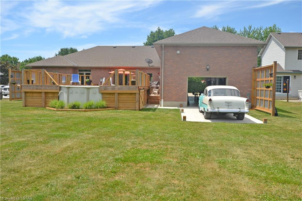 8 POPLAR Street, Wallacetown, Ontario (ID 274606)