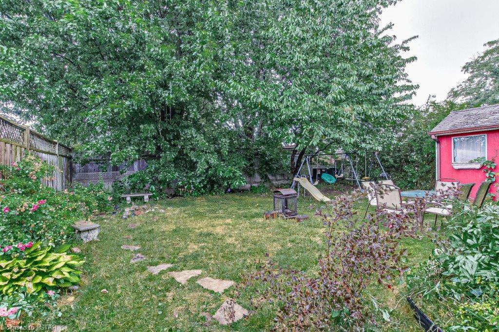 8 DUDLEY Crescent, London, Ontario (ID 273757)