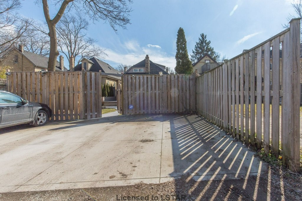 316 HYMAN ST, London, Ontario (ID 597039)