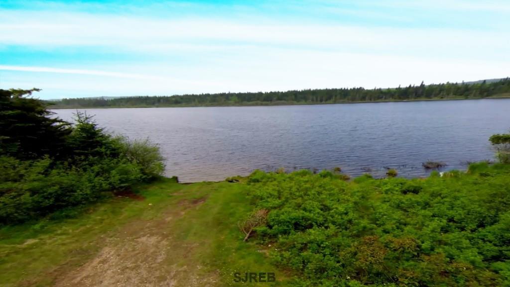- Lillis Lake, Hwy 111, St. Martins, New Brunswick (ID SJ165545)