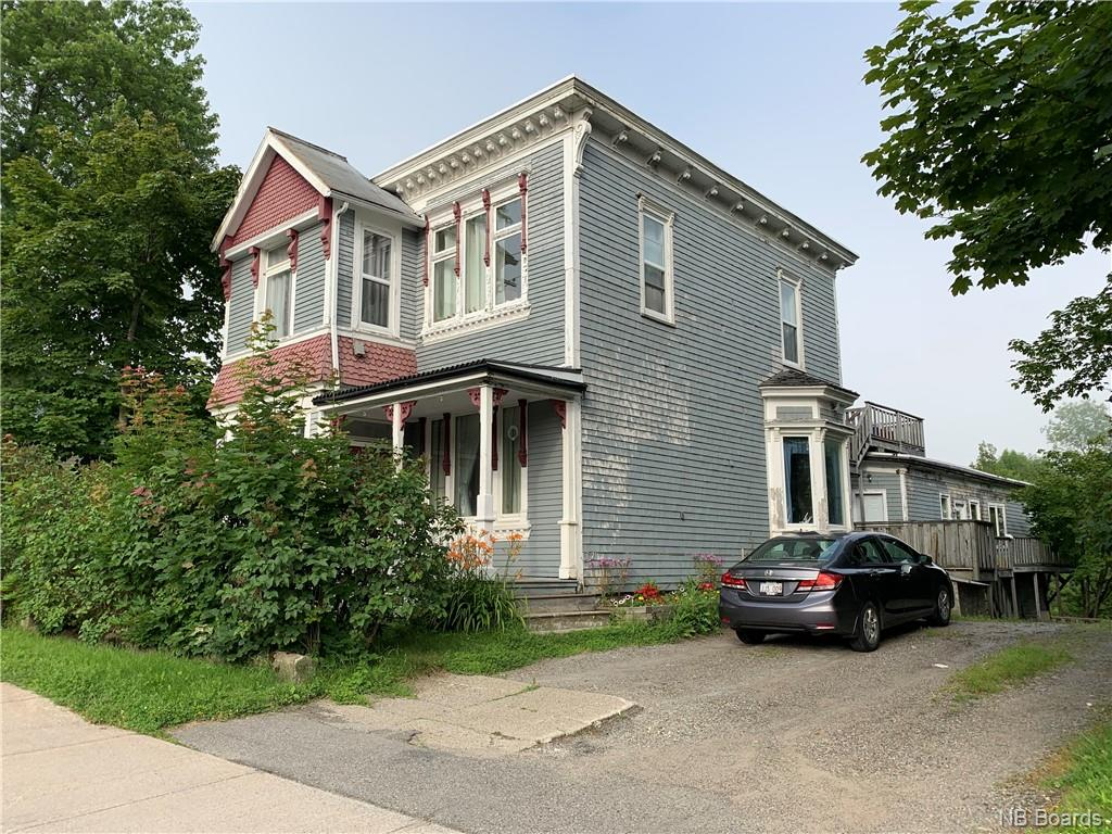 298 Douglas Avenue, Saint John, New Brunswick (ID NB038652)