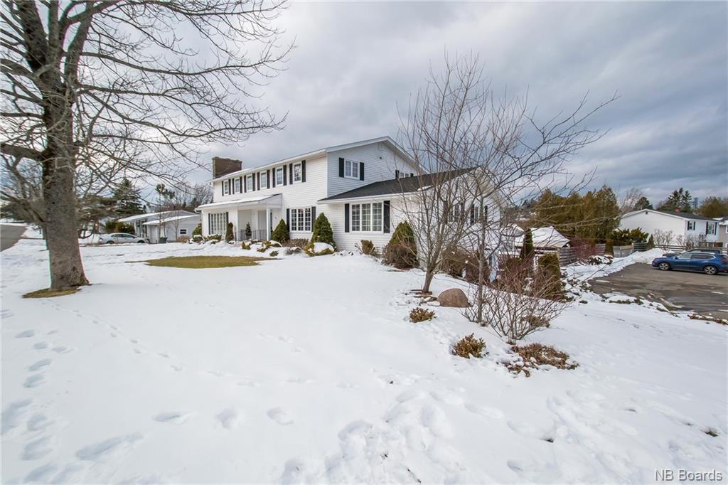 991 Mollins Drive, Saint John, New Brunswick (ID NB052832)