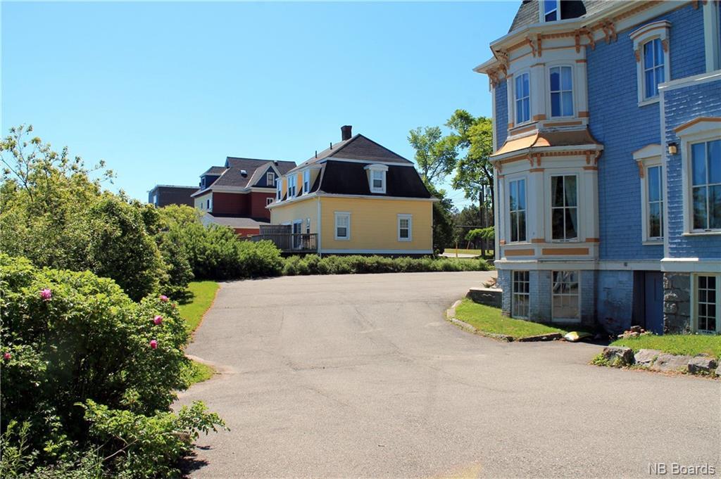 325 Lancaster Avenue, Saint John, New Brunswick (ID NB054455)