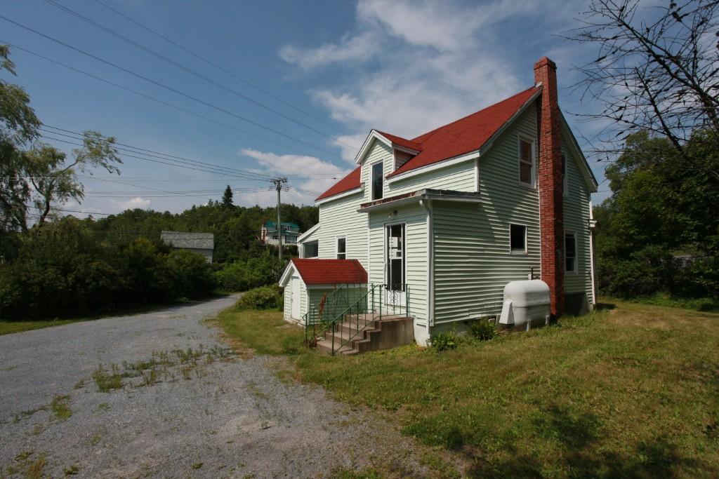 328-330 SANDY POINT ROAD, Saint John, New Brunswick (ID SJ172101)
