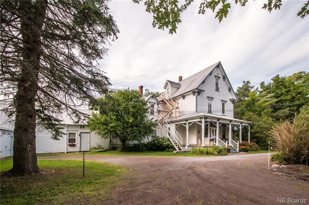 977 Main Street, Sussex, New Brunswick (ID NB052056)