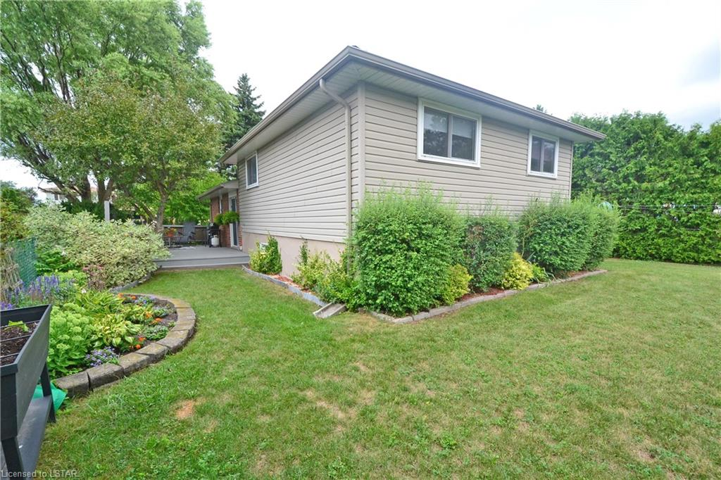 22 STIRLING Crescent, St. Thomas, Ontario (ID 277842)
