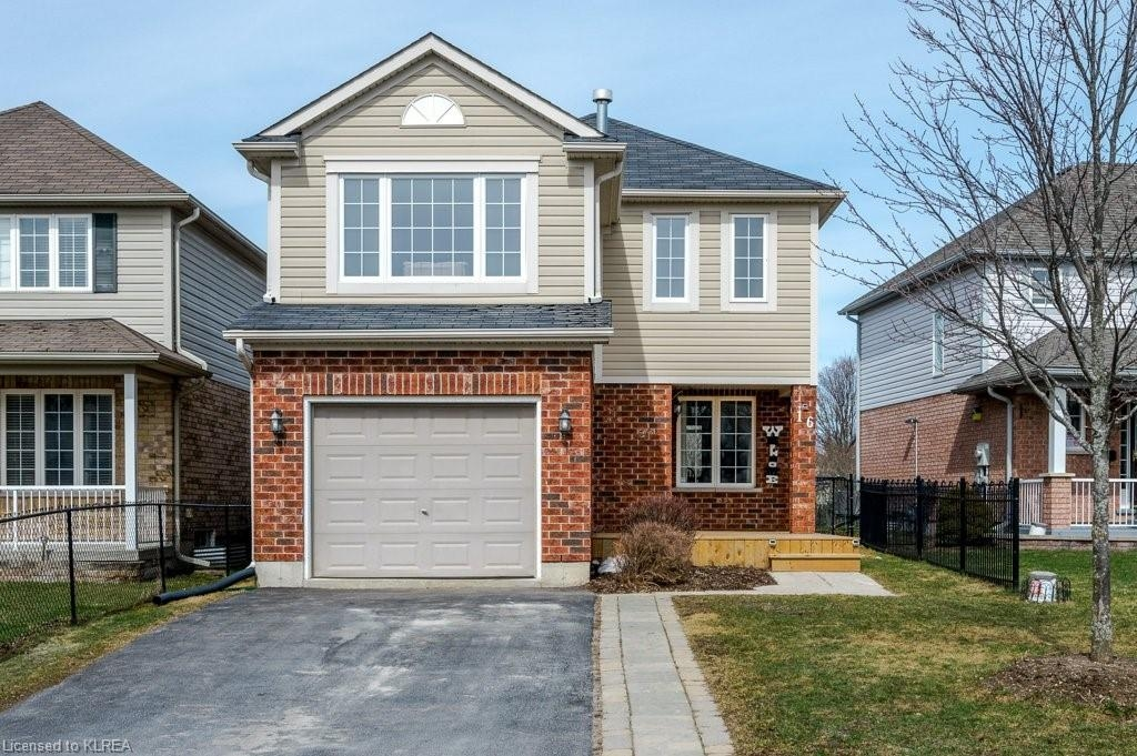 16 Lang Court, Lindsay, Ontario (ID 252992)