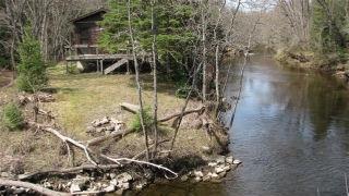 1014 BUMBLEBEE LANE, Irondale, Ontario (ID 461604100041300)