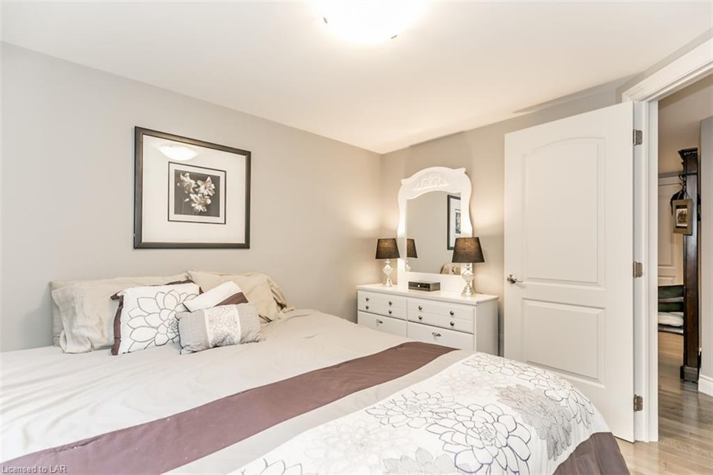 3300 ALDERSHOTT Place, Orillia, Ontario (ID 263217)