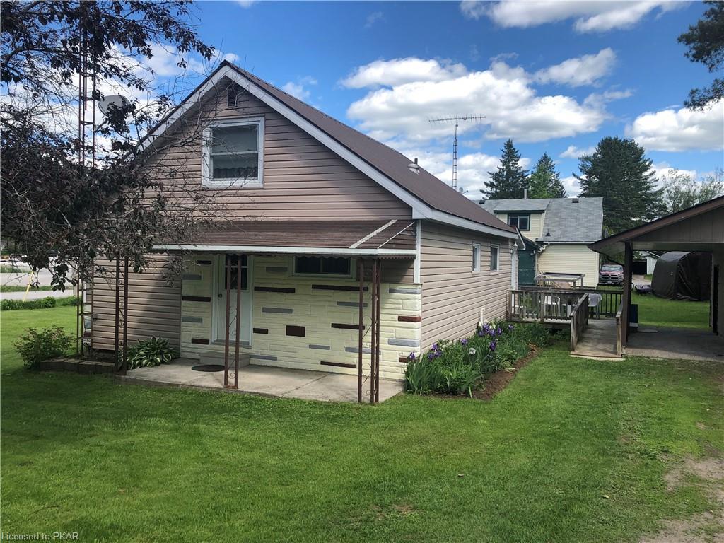 20 TUCKER Street N, Apsley, Ontario (ID 264092)
