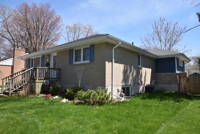 871 CHARLESWORTH Drive, Sarnia, Ontario (ID 20005001)