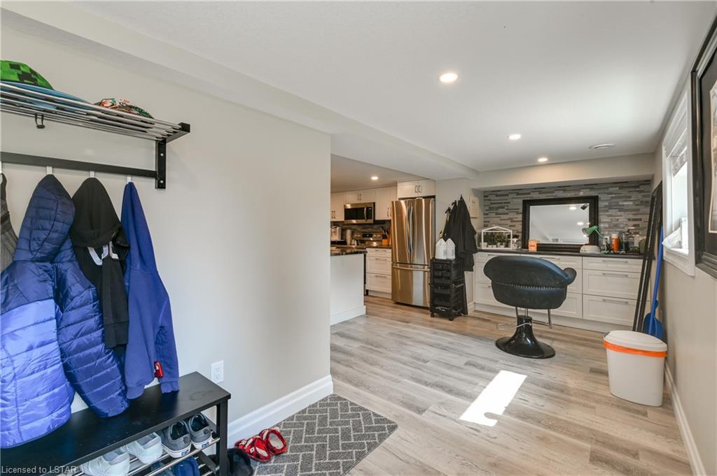 2255 RIVER Road, London, Ontario (ID 40172178)
