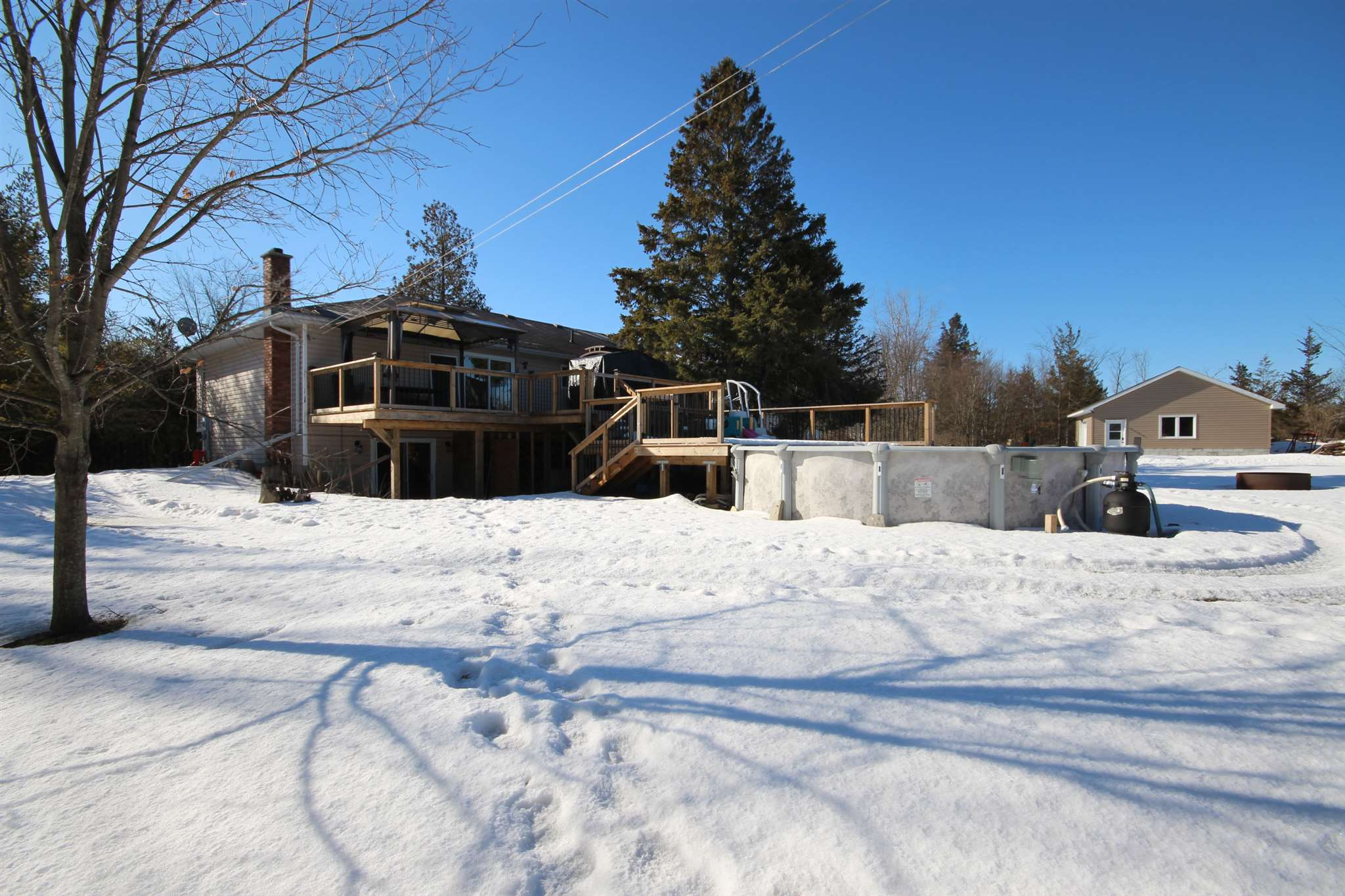 103 Mill Street, Yarker, Ontario (ID K20001299)