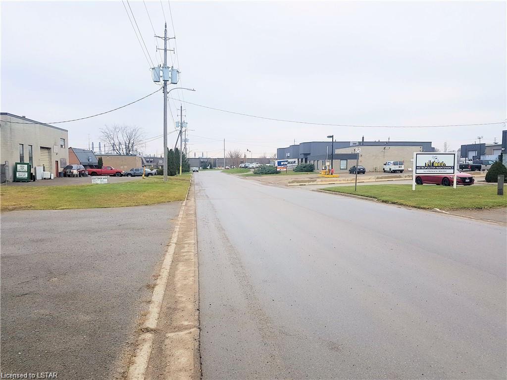 148 B STRONACH Crescent Unit# PART B, London, Ontario (ID 40053436)