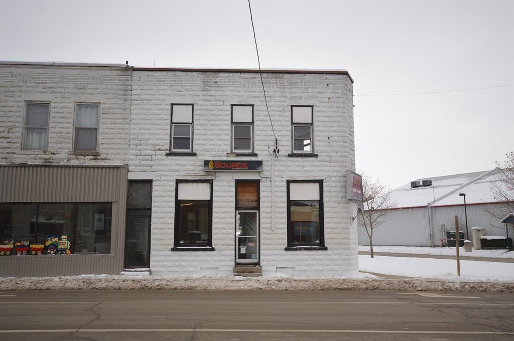 5 MAIN Street South, Lambton Shores, Ontario (ID 19028408)