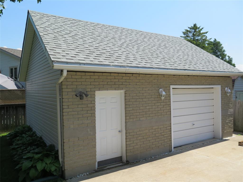 528 BIRCHBANK, St. Clair, Ontario (ID 19021590)