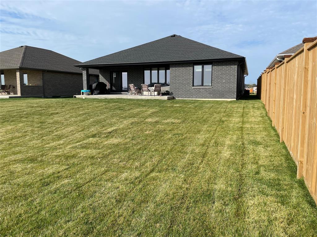 3587 MIA Lane, Plympton-wyoming, Ontario (ID 21020174)