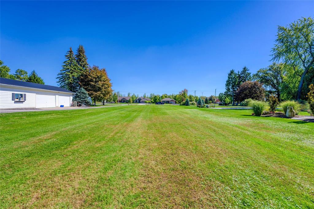 LOT 32 PLAN 29 ST CLAIR Parkway, St. Clair, Ontario (ID 21019644)
