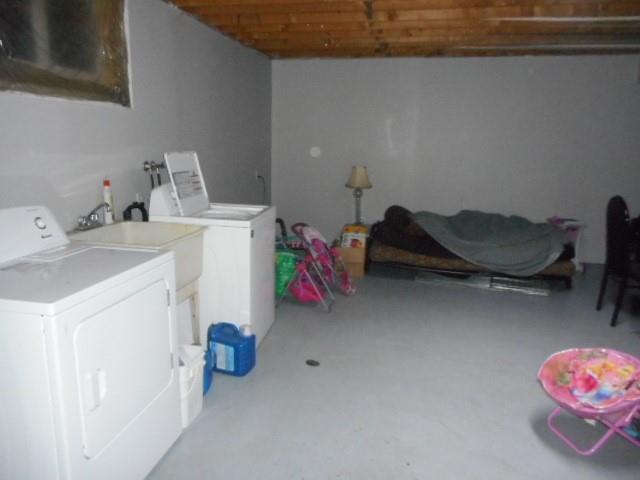 406 PALMERSTON Street, Sarnia, Ontario (ID 21005953)