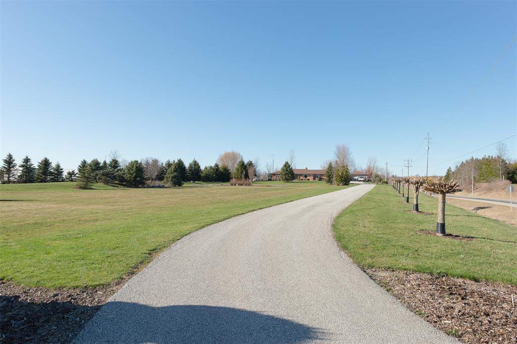 4423 OIL HERITAGE Road, Petrolia, Ontario (ID 20001386)