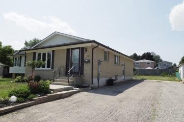 10 Thistledown Dr, Brantford, Ontario (ID 30678611)