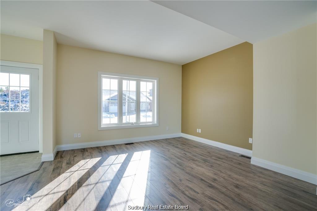 80 Northfield, Sudbury, Ontario (ID 2085724)
