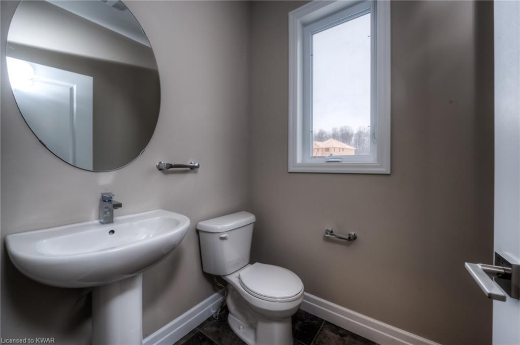 156 Mountain Holly Court, Waterloo, Ontario (ID 30785467)