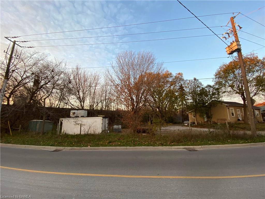 63 HENRY Street, Brantford, Ontario (ID 40032258)