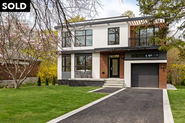 238 Renforth Drive, Toronto, Ontario (ID W4454441)