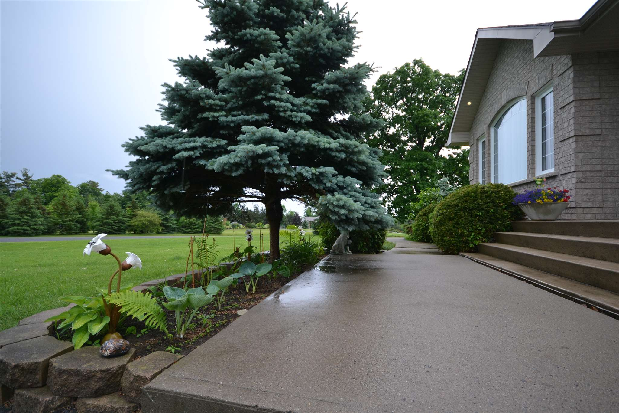 3894 MIDDLE WOODLAND Drive, South Frontenac, Ontario (ID K18003547)