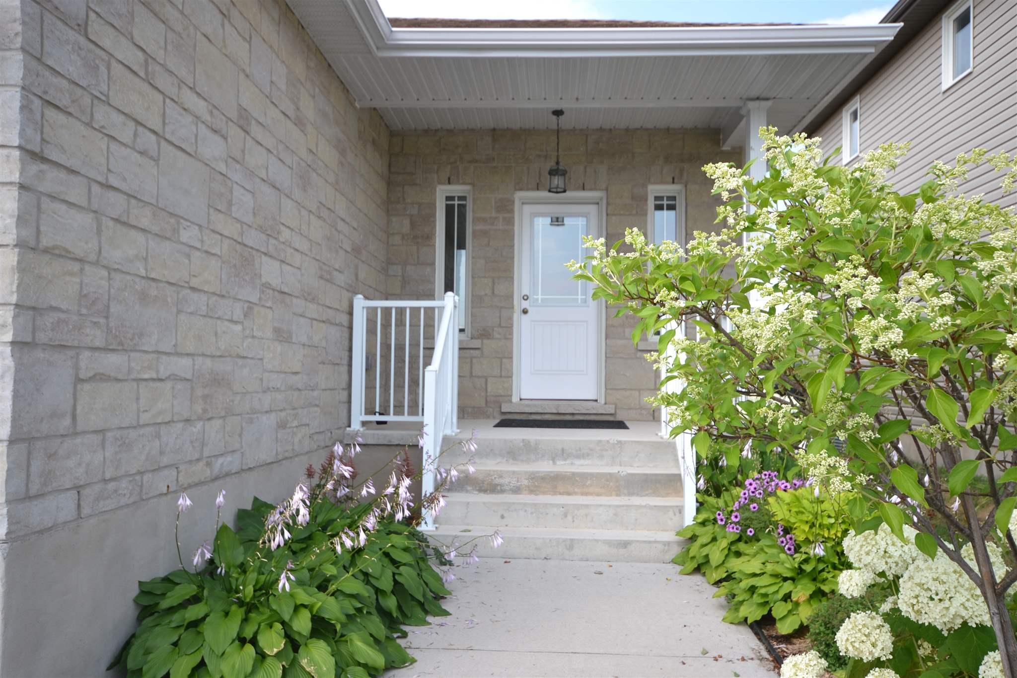175 MCDONOUGH Crescent, Amherstview, Ontario (ID K18004672)