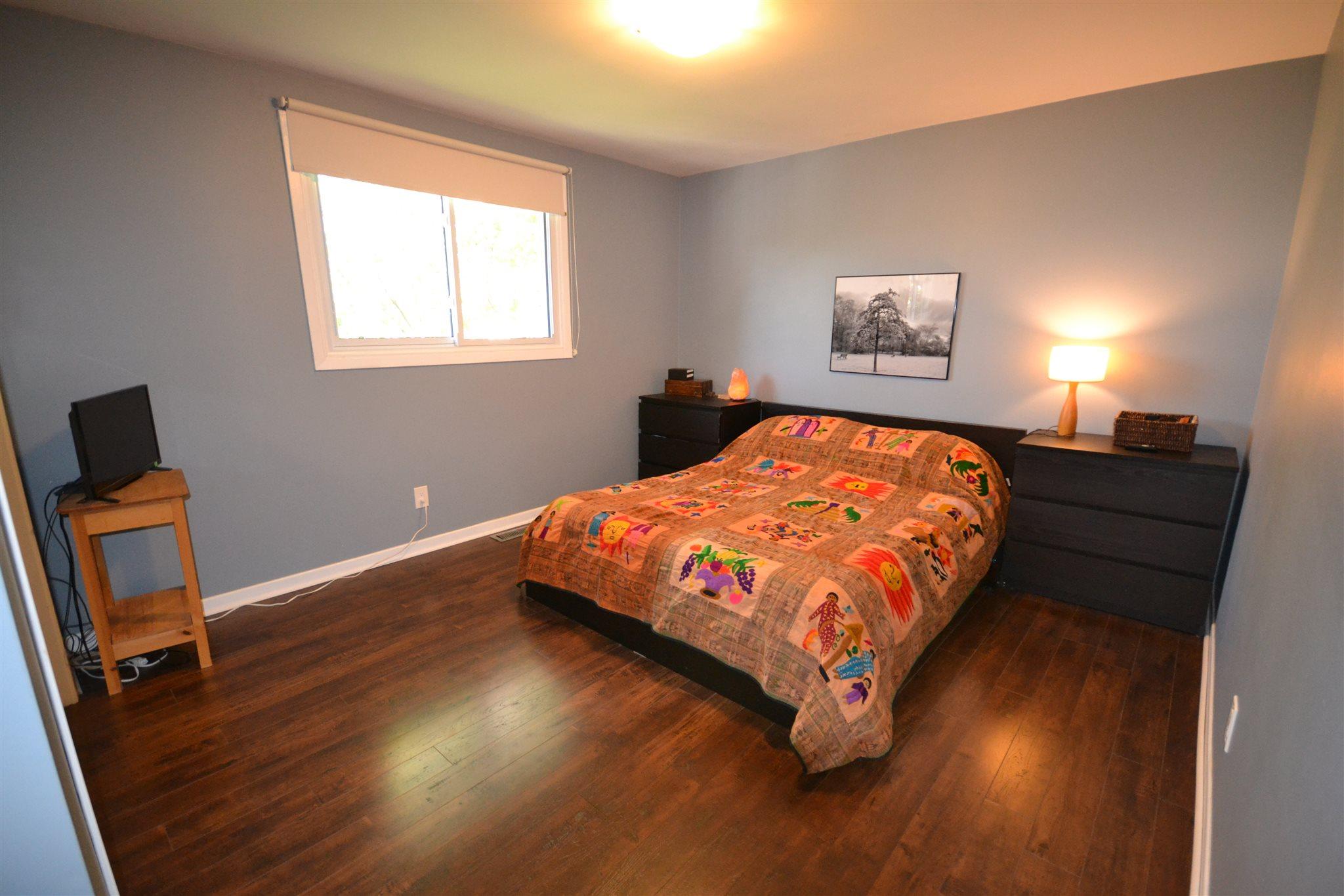 953 Lincoln Drive, Kingston, Ontario (ID K19003751)