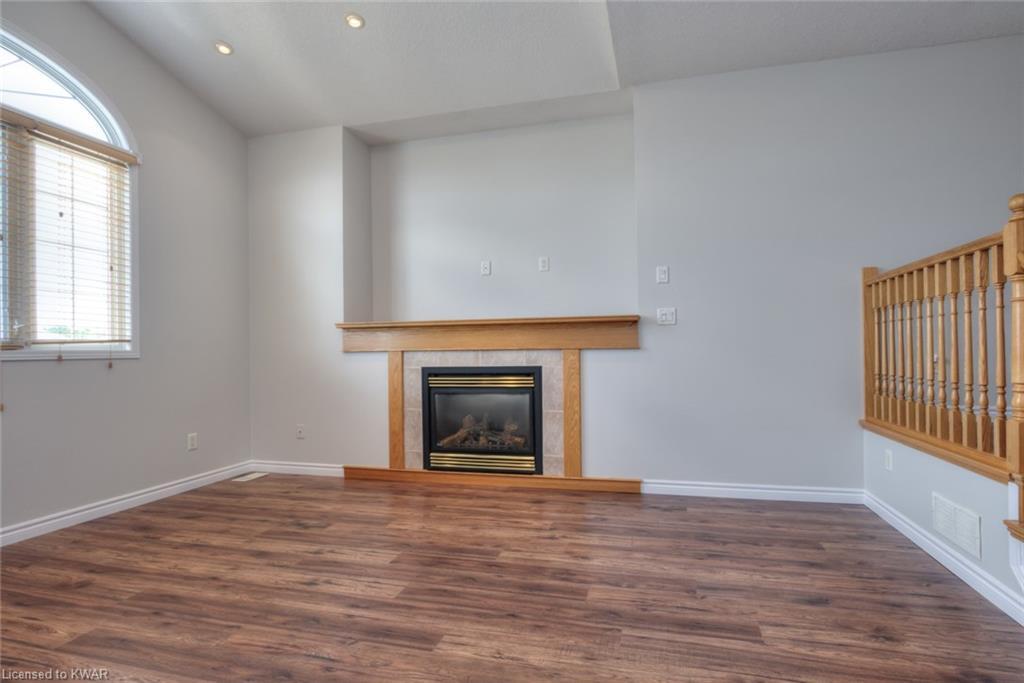 245 Sleaford Street, Waterloo, Ontario (ID 30824830)
