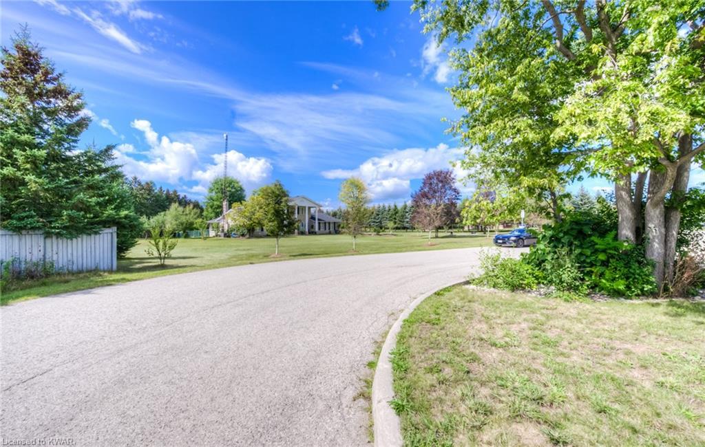 1 GRAND RIVER Drive, Waterloo, Ontario (ID 40173203)