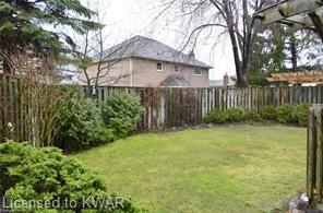41 STOKE Drive, Kitchener, Ontario (ID 40018431)